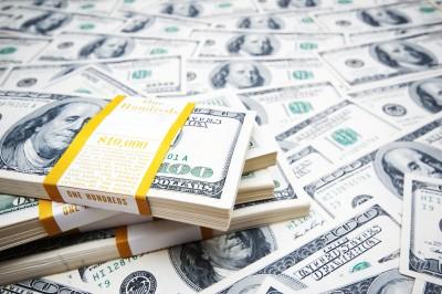seller carryback money stacks of money